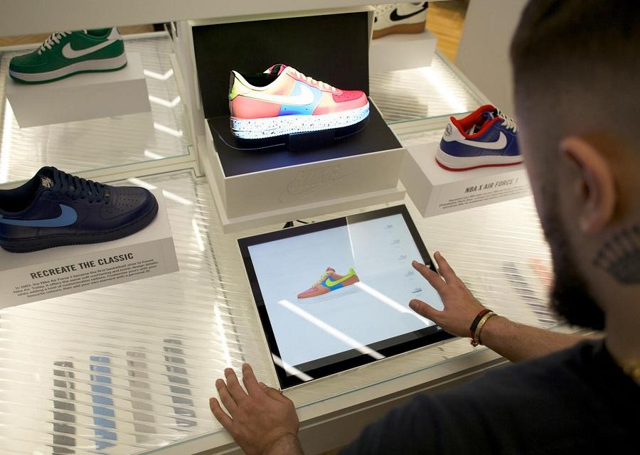 Hướng dẫn phân biệt giày Nike thật và fake khi mua hàng Mỹ