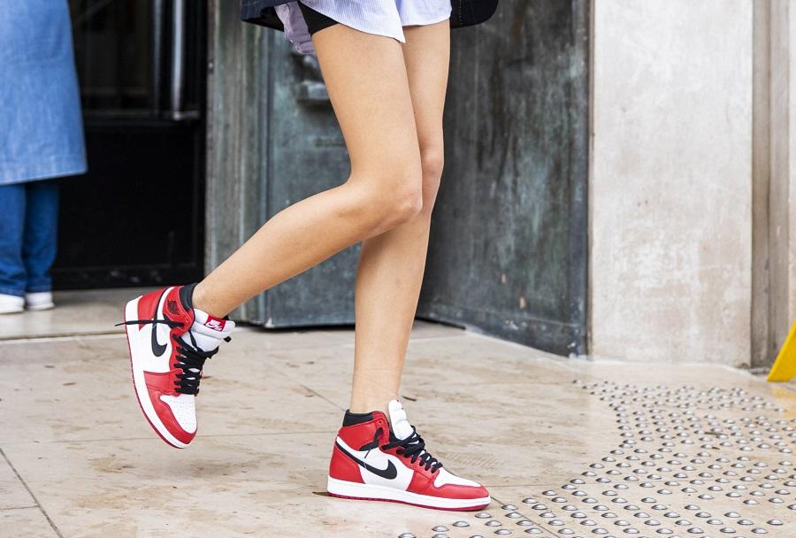 Phân biệt giày Nike chính hãng và fake dựa vào chất liệu